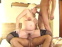 Guys fuck preggy chick in all holes