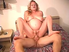 Horny man hard fucks pregnant woman